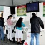 Atendimento no Calçadão da Antonio Agu, em Osasco, orienta e ajuda a dissipar medo da gripe