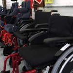 Fundo Social de Solidariedade de Osasco entrega cadeiras de rodas especiais