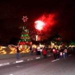 Decoração de Natal de Osasco vira atração turística