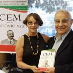 """Vice-prefeito de Osasco, Dr. Cury, prestigia lançamento do livro """"Cem Anos Sem Antônio Agú"""""""