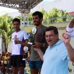 Prefeito Emidio entrega troféu aos vencedores da Corrida do Carteiro, em Osasco