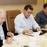Prefeito Emidio assina acordo de cooperação com CIETEC