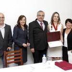 Coordenadora do Programa Saúde Bucal de Osasco recebe honraria da APCD