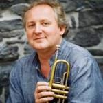 Trompetista Reinhold  Friedrich se apresenta  com a Orquestra Sinfônica