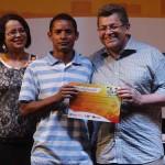 Formatura de 2 mil alunos da EJA é comemorada com a presença do Prefeito Emídio